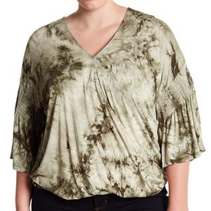 Bobeau Bell Sleeve Tie Dye Top Green Plus 3X 4X